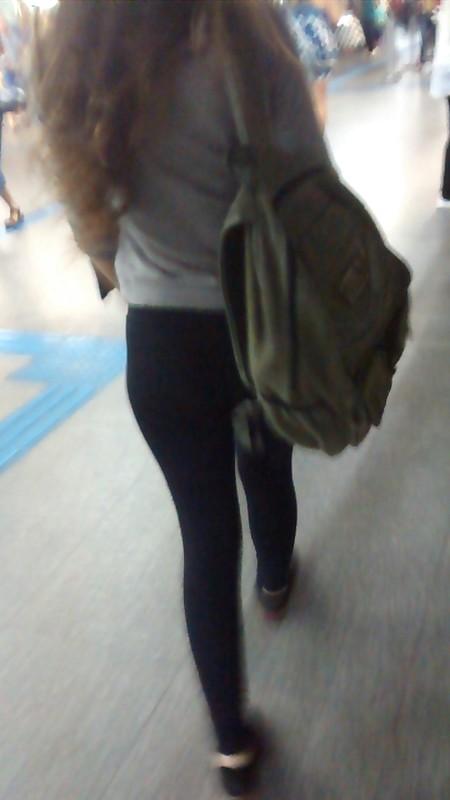 street babe in black leggings