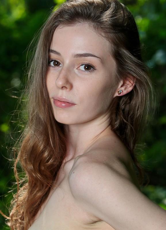 Francoise - Presenting Francoise (Aug 28, 2021)
