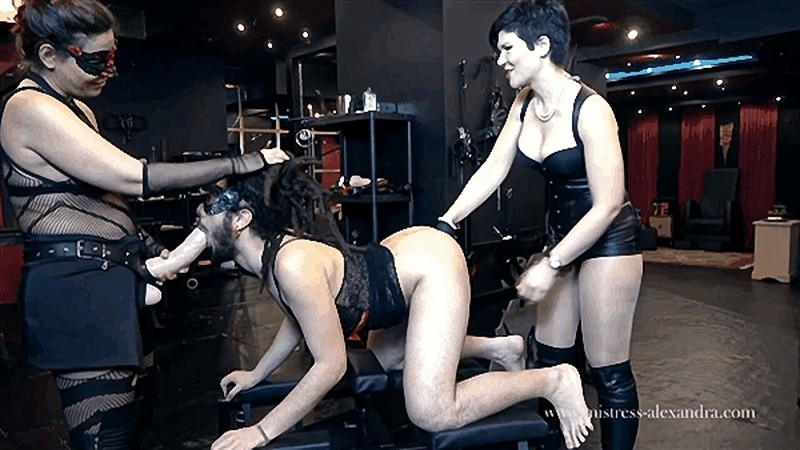 Mistress Alexandra - Lets start the week in the perfect way possible [HD 720P]