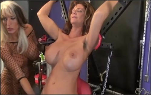 Deauxmalive.com- Caged with Nina and Sally