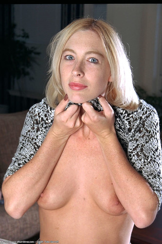 Atkarchives_com- Sally Gallery 14 Babes 1 Thumb Page : 1