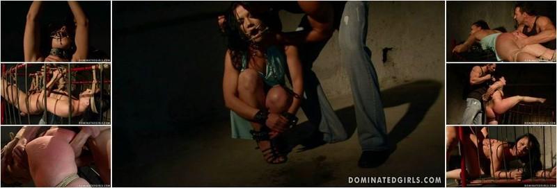 Clarisse - Domination victim (HD)