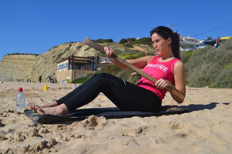 beach lady Vicky Pattison in sexy nike yogapants