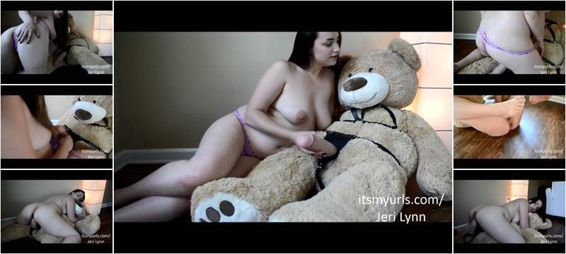 Jeri Lynn - Thick Mom Fucks Big Dirty Bear Dick (FullHD)