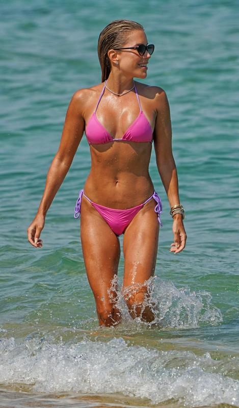 sexy milf Sylvie Meis in wet bikini