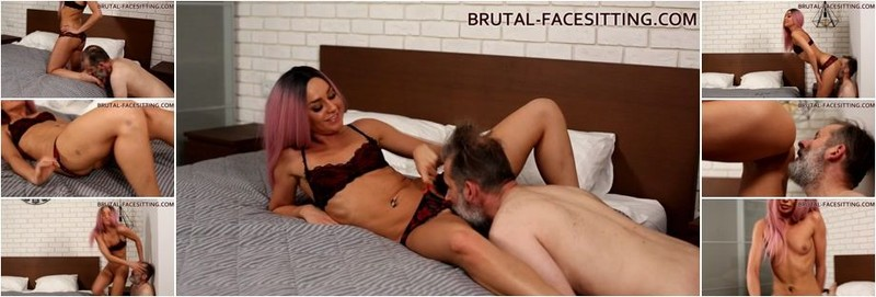 "Mistress Rebeca - ""Oh! Boy! Lick me here! I'm getting so horny"" (HD)"