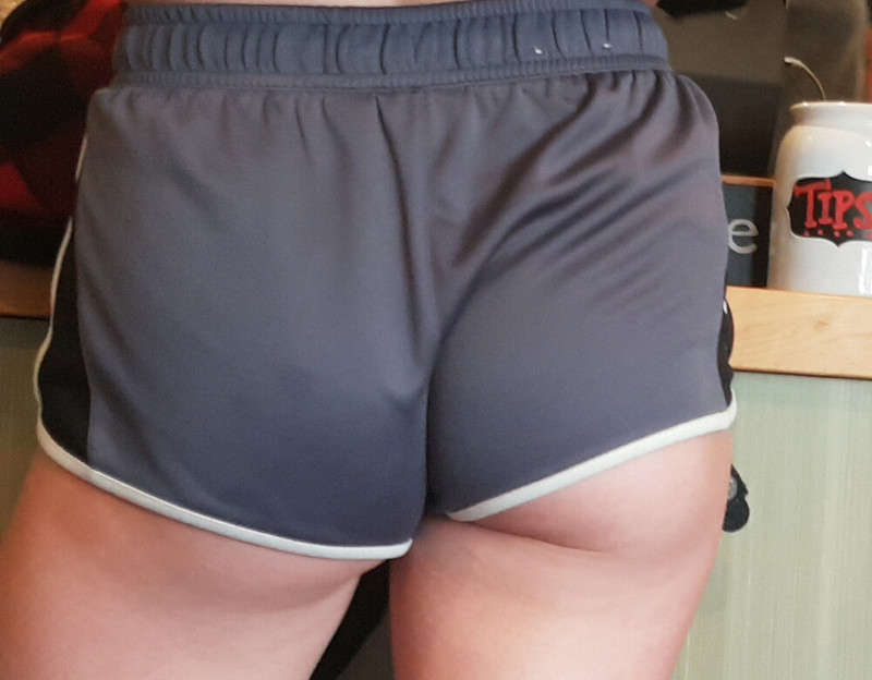 awesome booty in workout shorts
