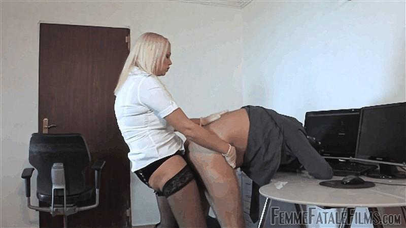 Divine Mistress Heather - Anal Employee [FullHD 1080P]