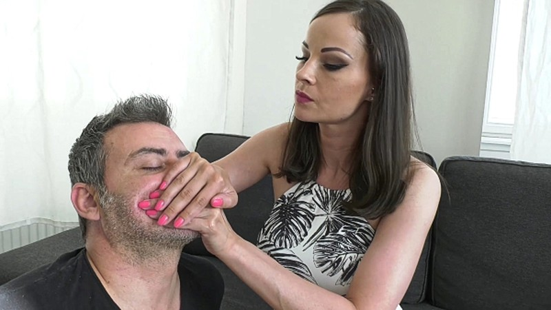 LIFE UNDER ME HAND OVER MOUTH GAGGING AND SMOTHERING [FullHD 1080P]