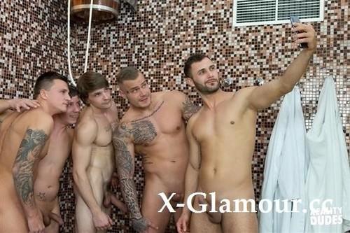 "Amateurs in ""Dudes In Public 45  Bathhouse"" [FullHD]"