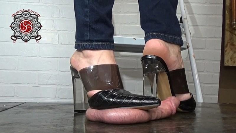 Can You Cum After 30Min Under Anikas Feet [HD 720P]
